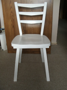 White Sold Wood Chair For Sale
