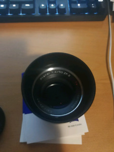 Zeiss 50mm F1.4 Planar T* for Nikon for sale
