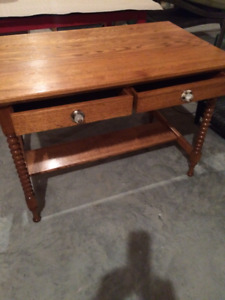 BEAUTIFUL ANTIQUE TABLE OAK REFINISHED