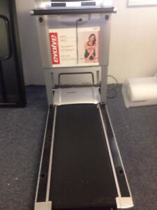Evolve Treadmill