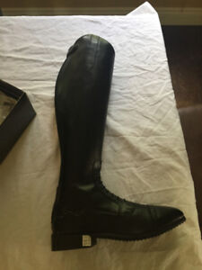 BRAND NEW, Never Worn Tall Boots