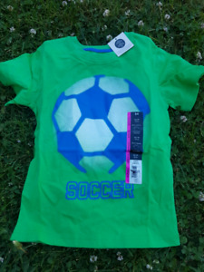 NEW. Boys T-shirt size 4/5