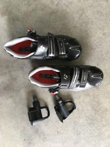 souliers de vélo de route et cales