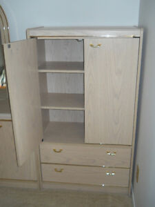 MOVING SALE: Bedroom furniture