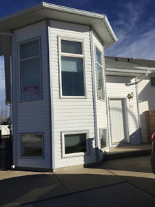 Bright West Side Two Bedroom (Lethbridge)
