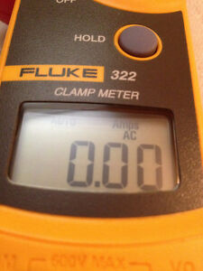 FLUKE 322 CLAMP ON AMMETER WITH LEADS AND CARRYING CASE Strathcona County Edmonton Area image 3