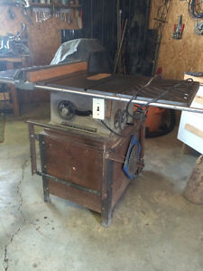 Beaver Rockwell Table Saw- Reduced Price