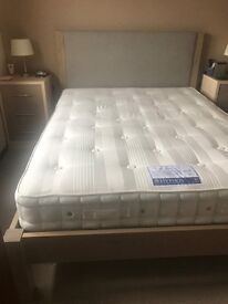 *NEW* Kingsize Wooden Bedstead with Hypnos Mattress **1 Month Old**