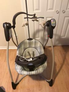 Balançoire Graco Infant Swing pour bébé - électricité ou piles