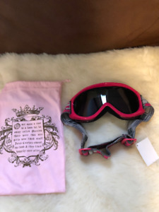Ladies Juicy Couture Snowboarding / Ski Goggles