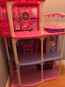 Doll house, clothes, furniture and dolls