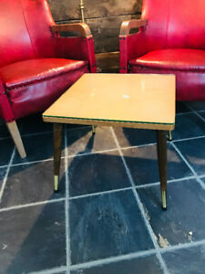 TABLE DE SALON PATTES STYLE SCANDINAVE MID CENTURY