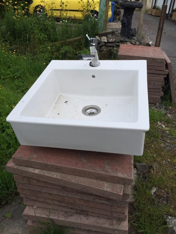Modern Belfast sink with tap in Biggar South  : 86 from www.gumtree.com size 600 x 800 jpeg 67kB
