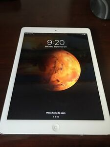 iPad Air 32gb (A1475) with wifi and 4G