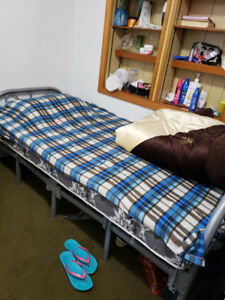 Female Accommodations- girls rooms For Rent