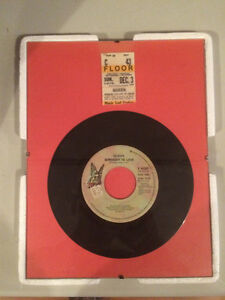 "Queen Framed - 45 Record ""Somebody To Love"""