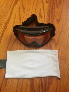 Full Package Burton Snowboard with Bindings/Boots/Bag/Goggles London Ontario image 4