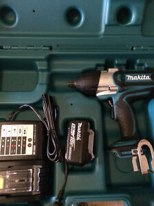 MAKITA IMPACT WRENCH dtw450rte