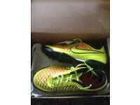 Nike majista