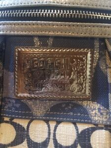 Coach purse  Kawartha Lakes Peterborough Area image 2