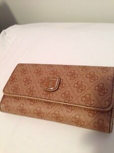 Faux Leather Guess Wallet
