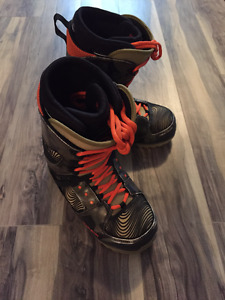 32 team two snowboard boots