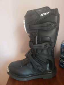 Youth motocross boots size 3