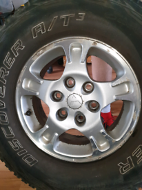 4x Cooper Discovery at3 265/70/16 tyres on mitsubishi 6 stud rims