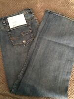10 pairs of women's jeans