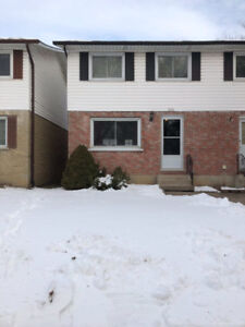 End Townhouse for sale in Port Dover
