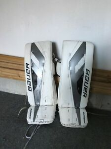 32 + 1 Bauer one.9 Goalie Pads