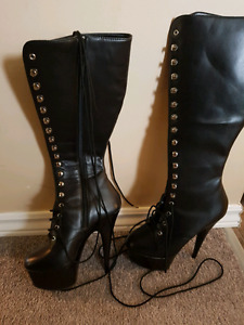 Woman's Leather Stiletto boots