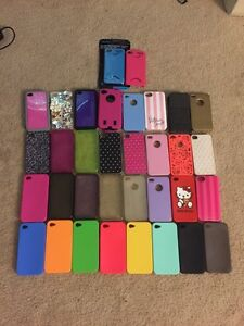 Selling lot of IPHONE 4S cases and docking station