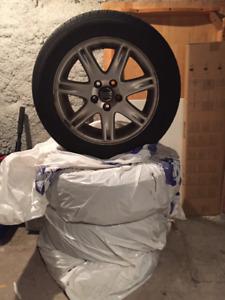"""Accessoires, Mags et Pneus Pirelli 16"""" pour Volvo V70 ou XC70"""