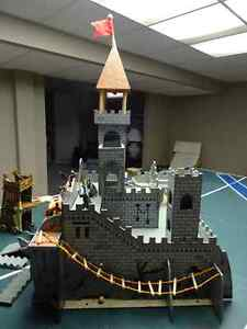Medieval Castle with Schleich Knights and Dragons Windsor Region Ontario image 2