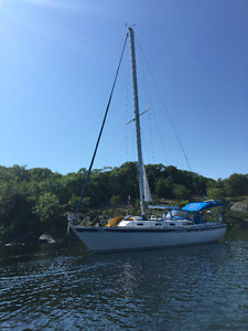 34 foot Aloha sailboat for sale