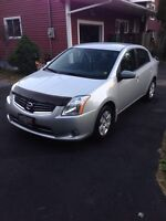 2010 Nissan Sentra excellent working car easy on the fuel