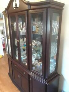 Display cabinet - Mahogany buffet and hutch