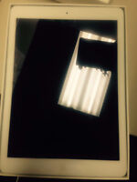 Apple iPad air 1st Generation 64GB, White & Silver good conditio