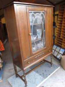 ORIGINAL 1930S WALNUT CHINA CABINET FROM ESTATE