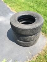 GOOD QUALITY GOOD TREAD LEFT HEAVY DUTY TIRES