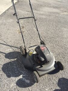 CRAFTSMAN GAS LAWN MOWER (SEARS)