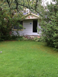 Lovely cottage on double lot in Florina Beach!