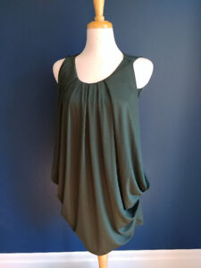 Green cocktail dress. Size small