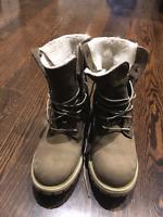 Women's timberland fold down boots (7.5)