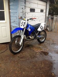 Mint yz 250! Will add cash to sled