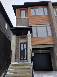 Brand new townhouse for one year lease in Stoneycreek