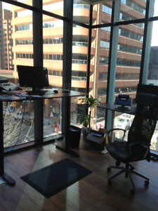 D/T PRIVATE CORNER OFFICE FOR LEASE