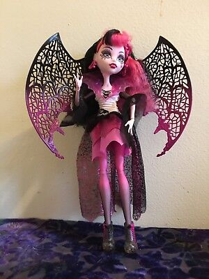 Draculaura Monster High Doll