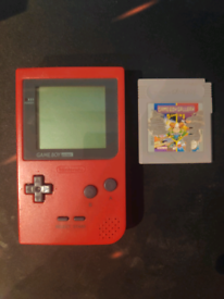 Nintendo GameBoy Pocket Red Handheld System w/ Gameboy Gallery 5 in 1